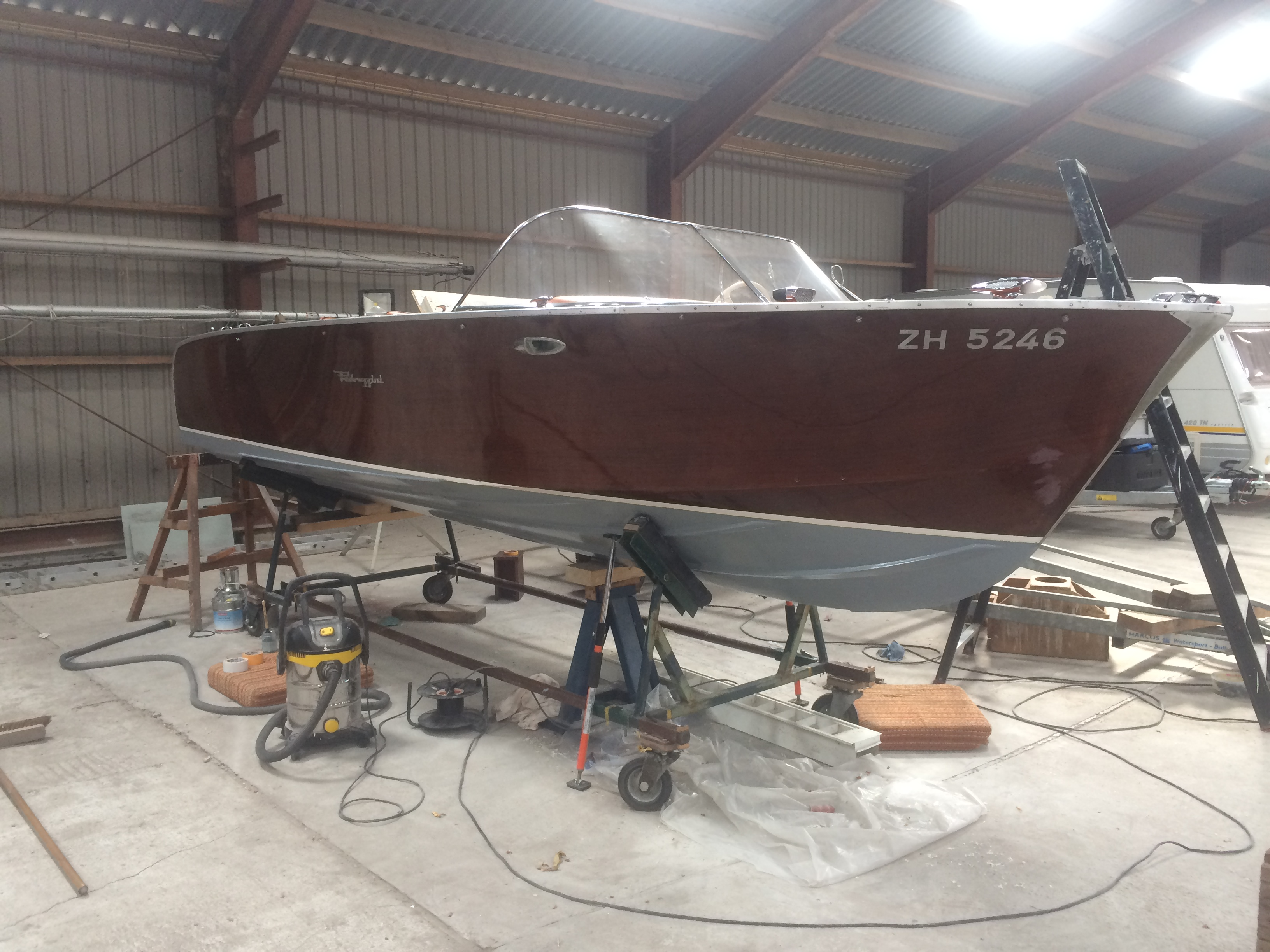 Reparatie Pedrazinni speedboat